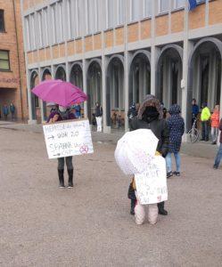 Bericht von der Kundgebung der Karlsruher Verschwörungs- und Naziszene genannt Grundrechtedemo